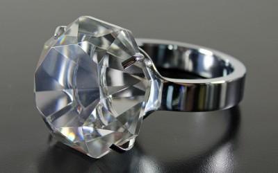 'Ruwe diamantmarkt op weg naar herstel'